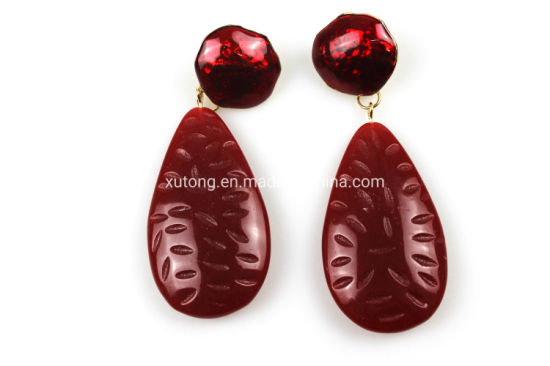 Acrylic Dangle Drop Earring Red Ear Pendant pictures & photos