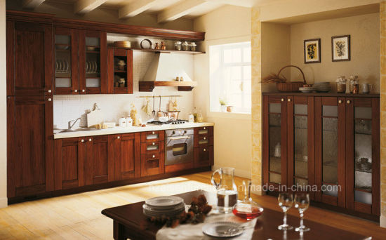 2018 Ready Made Classical Solid Wood Kitchen Cabinets for Kitchen Decoration pictures & photos
