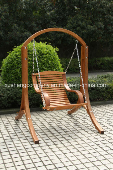 Outdoor Hanging Steel Link Chain Rope Swing Chair With Wood Material