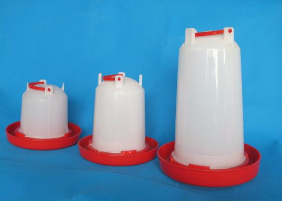 Good Quality Hand-Held Plastic Material Chicken Water Drinker & Plastic Drinker