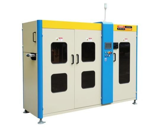 High Speed Sterile Dust Free Full Automatic Mask Machine pictures & photos
