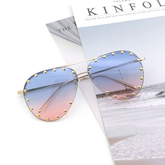 2020 Colorful PC Metal Sunglasses Fashion Glasses Eyeglasses Eyewear Women Aviation Polycarbonate pictures & photos