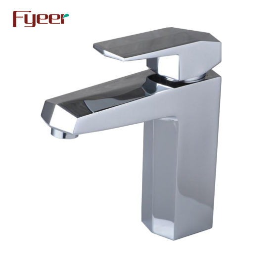 Fyeer Solid Brass Chrome Plated Bathroom Basin Tap pictures & photos