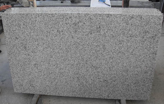 G655 White Granite Tile Cheap Chinese Granite Tile pictures & photos