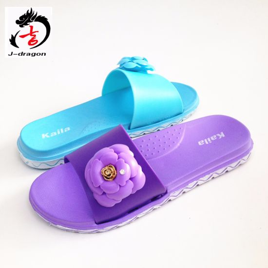 Flower Flip Flops for Woman pictures & photos