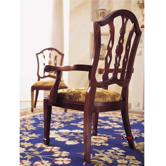 Wooden Classic Dinner Chairs Solid Wood Dining Chair with Armrest pictures & photos