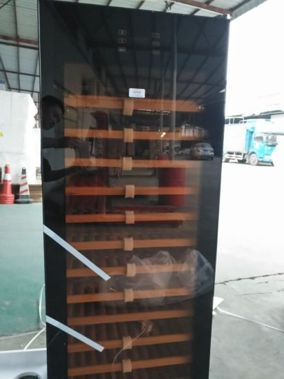 Wine Cooler with 428liters