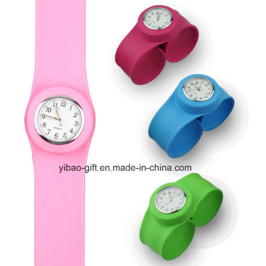 High Quality Customized Logo Silicone Wristband Watch (YB-W-08) pictures & photos