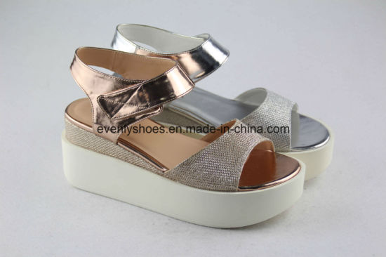 Platform Design Women Fashion Shoes with Bling Bling Upper pictures & photos