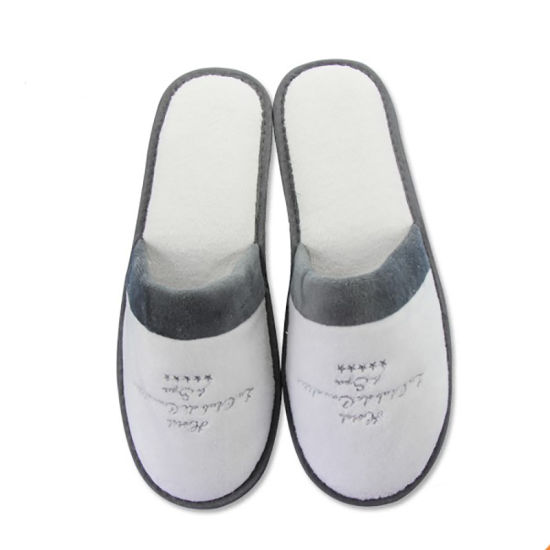 Soft Warm Fleece with Embroidery Logo Disposable Hotel Slippers to Dubai