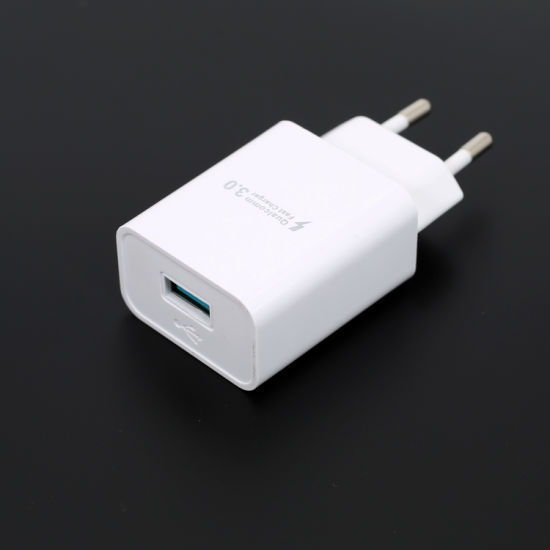 Fast Charger QC3.0 18W Output 5V3a 9V2a 12V1.5A for EU Market pictures & photos