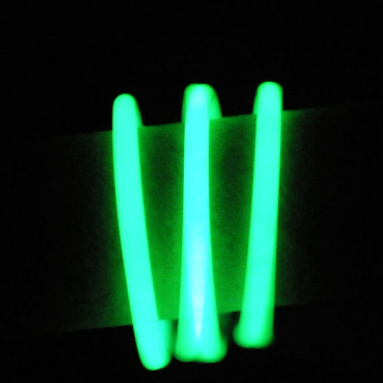 LED Green Glow Silicone Wristband, Suitable for All The Ages pictures & photos