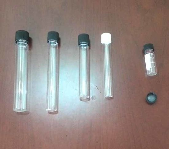 Clear Glass Scew Neck Test Tube with Aluminum Cap pictures & photos