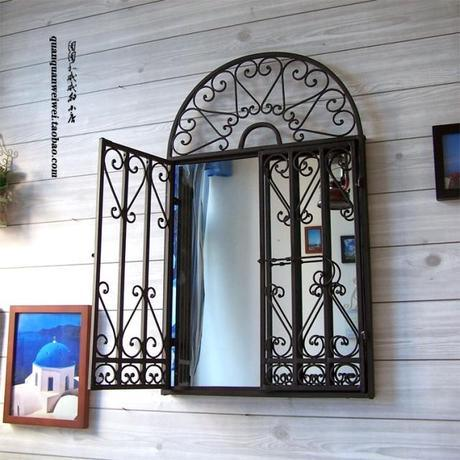 China 2018 Simple Designs Wrought Iron Balcony Window Grill Designs