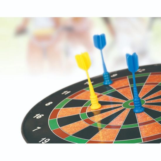 China Indoor Safety Toys Magnetic Dartboard For Family Time With