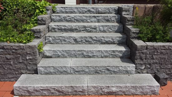 Wholesale Building Material Grey/Red/White/Black Granite Natural Stone for Outdoor Step Paving Garden Landscaping G654G603G623G383G302g341g383