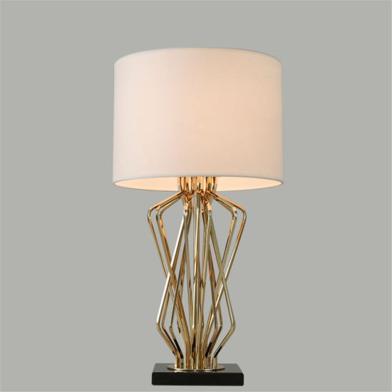 Decor Ieon Table Lamps Nordic Simple Personality Study Room LED Desk Lamp Industrial Bedroom Bedside Lamp
