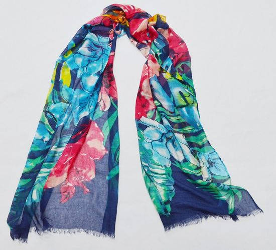 Custom Print Rayon Scarf (HY18092109) pictures & photos