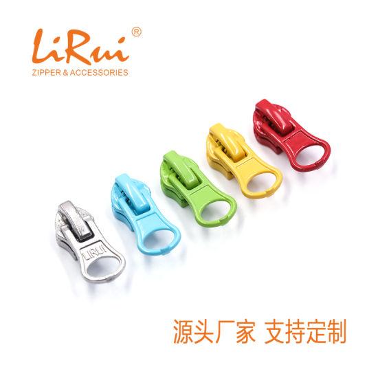 Zipper Silder/Zipper Puller/Custom-Made /Wholesale /Outdoors/Top Quality/Topfashion