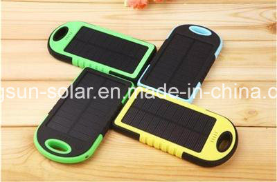 5000mAh Dual-USB Waterproof Solar Power Bank Battery Charger for Cell Phone pictures & photos
