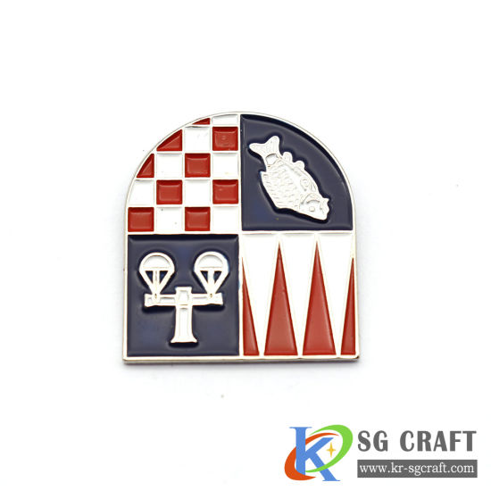 Factory Custom Soft Hard Enamel Glitter Badge Lapel Pin with Black Color for Custom Gold Metal Craft Enamel Badge Lapel Pins