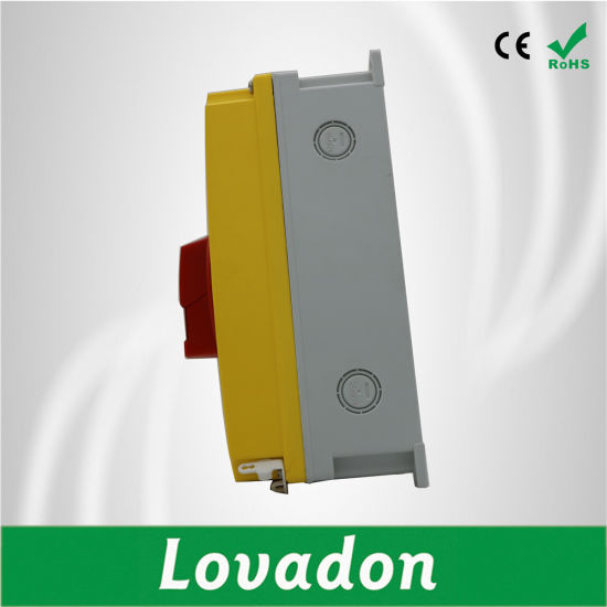 IP65 Load Isolation Switch Wtih 3-Pole Disconnectors pictures & photos