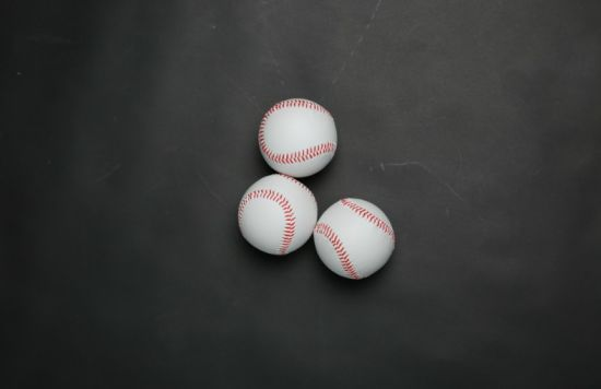 2018 Durable Baseball with PVC and Natural Rubber Material