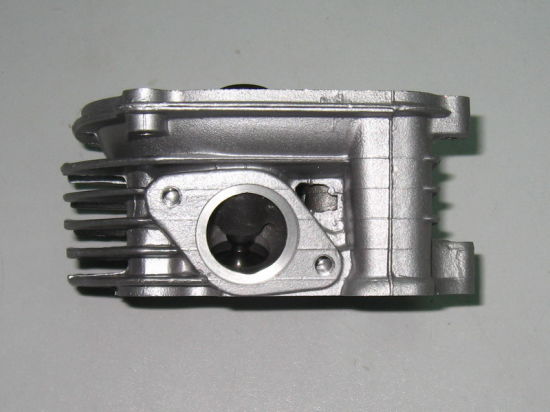 Motorcycle Parts Motorcycle Cylinder Head Complete Gy6150 Gy150 Ds150 Scooter-150 pictures & photos