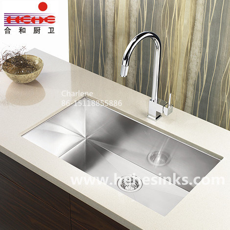 Handmade Sink with Cupc Approved, R10 Handcraft Sink, 304 Kitchen Sink (HMRS3218) pictures & photos