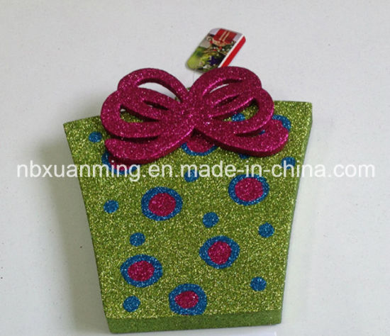 Christmas Gift Box with Glitter (XM-C-1042) Christmas Ornament pictures & photos