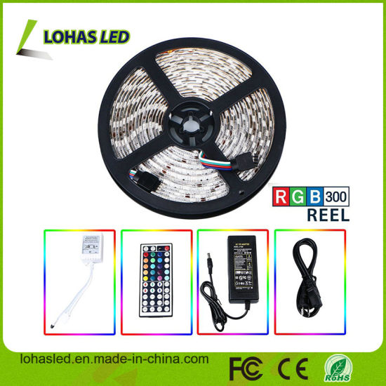 2017 12V DC PF>0.95 IP67 Waterproof Optional LED Strip 60 LEDs/Meter SMD 5050 2835 3528 5630 RGBW RGB Flashing LED Strip Light pictures & photos
