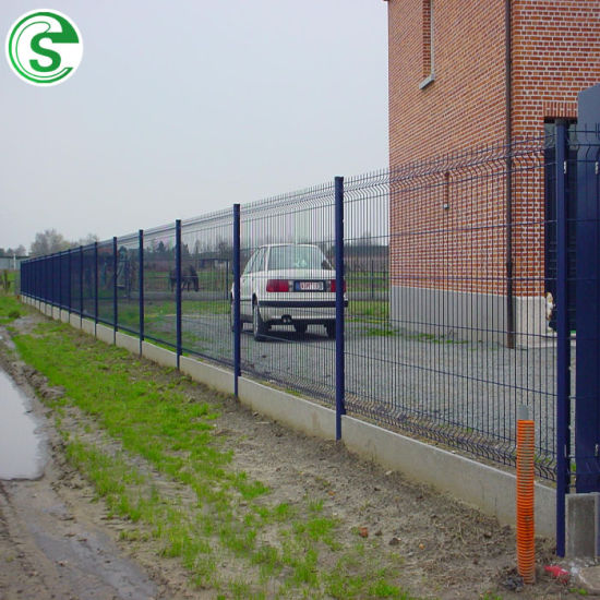 Awesome V Shape Curved Bend Wire Mesh Fence for Park