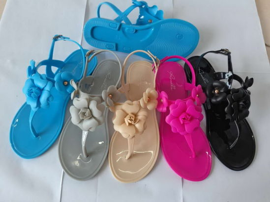 PVC Jelly Plastic Sandal for Summer Made in Guangdong China