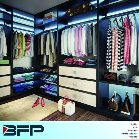Bedroom Furniture Walk In Wardrobe Closet With LED Light