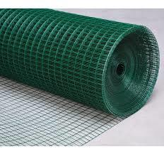 PVC Coated/Galvanzied Iron Welded Wire Mesh Security Fence Roll