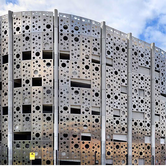 Perforated Aluminum Panel for Curtain Wall/Wall Cladding/Facade Decoration pictures & photos