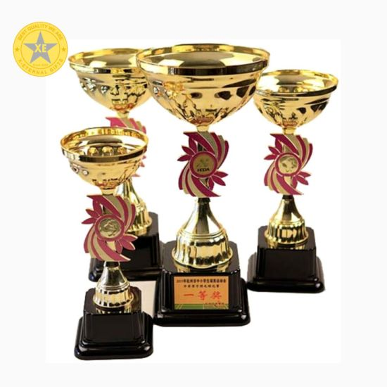 Best-Selling Gold Metal Sport Trophy of Promotional Gift pictures & photos