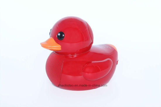 2017 Cute Duck Model MP3 Wireless Bluetooth Speaker with Radio USB/TF Card Port pictures & photos