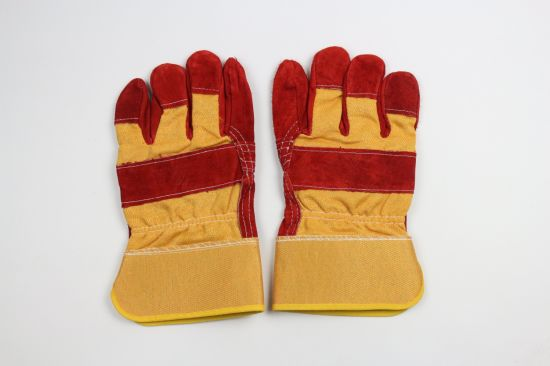 Red Color Cheap Work Gloves Welding Gloves pictures & photos
