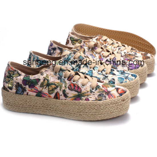 Popular Vulcanized Women Shoes with Butterfly Printing (SNC-28069)