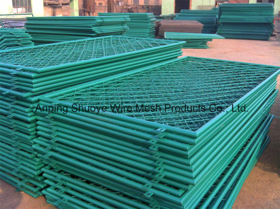 Green PVC Coating Chain Link Basketball Court Fence, Diamond Hole Wire Mesh Sports Court Fence pictures & photos