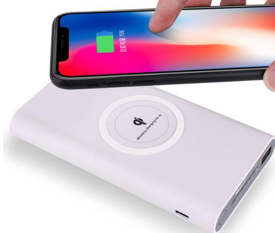 Latest New Best Rated Low Cost High Quality Portable Cableless Qi Wireless Charger Mobile Inductive Charging Mat 10000 mAh Battery Power Bank pictures & photos