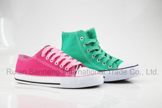 Classic Design Canvas Shoes for Gilr and Lady Vulcanized Shoes