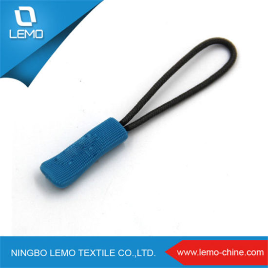 Cute Custom Soft Rubber Locking Zipper Puller pictures & photos