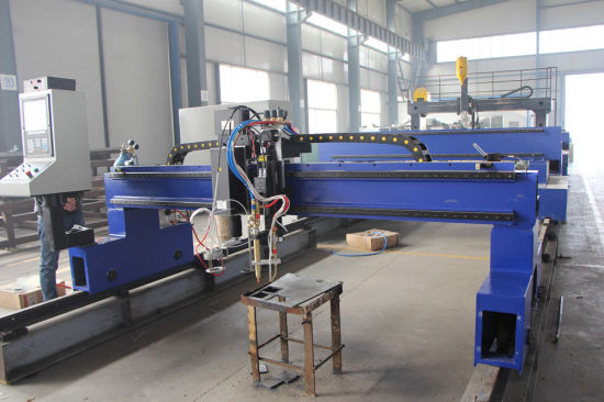 Quality Guaranteed CNC Plasma and Flame Cutting Machine pictures & photos