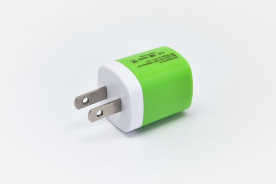Colorful USB Mini Wall Charger 5V 1A EU/UK/Us Plug for Universal Devices pictures & photos