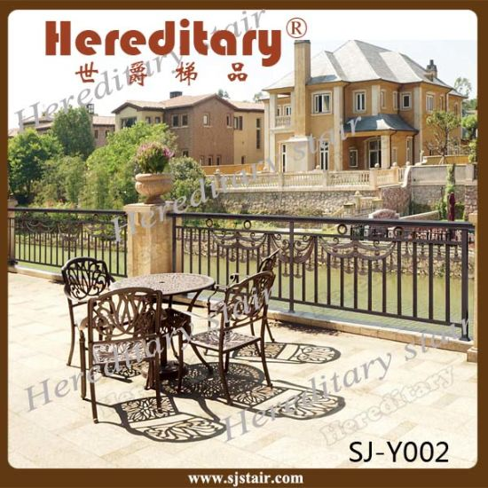 Decorative Ornamental Anti Rust Metal Aluminum Veranda Railing Balcony Fence pictures & photos