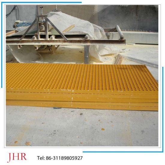 FRP Pig and Chicken Floor Grating pictures & photos