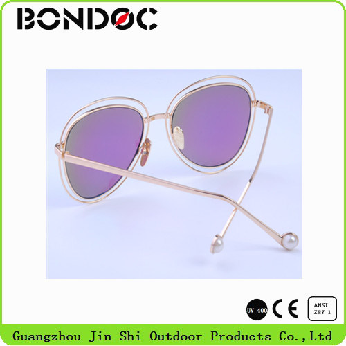 New Metal Women Designer Sunglasses Summer Sunglasses pictures & photos