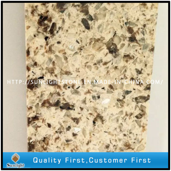 Mixed Color Aritificial Quartz Stone with Golden Diamond for Kitchen Countertop pictures & photos